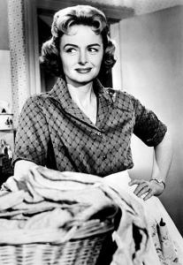 Donna Reed in all of her homemaker glory